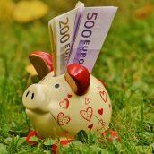 Les précautions financières à prendre avant de partir en voyage