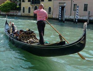 italie-venise-gondole
