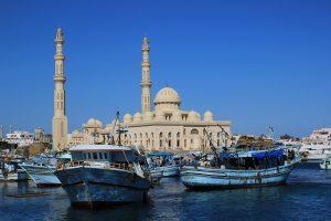 egypte-hurghada-port-et-mosque