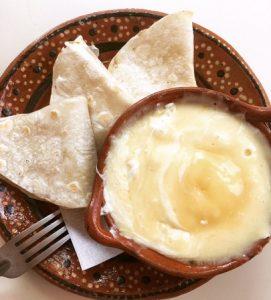 Soupe au poulet et tortilla