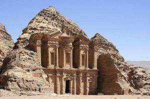 La cité de Petra site de renom en Jordanie
