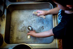 Les tâches ménagères pendant les vacances d'été