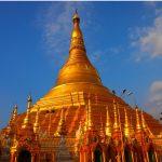 Shwedagon Pagoda in Yangon à yanmar 2013
