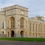 Windsor_Castle_Upper_Ward_Quadrangle_2_-_Nov_2006
