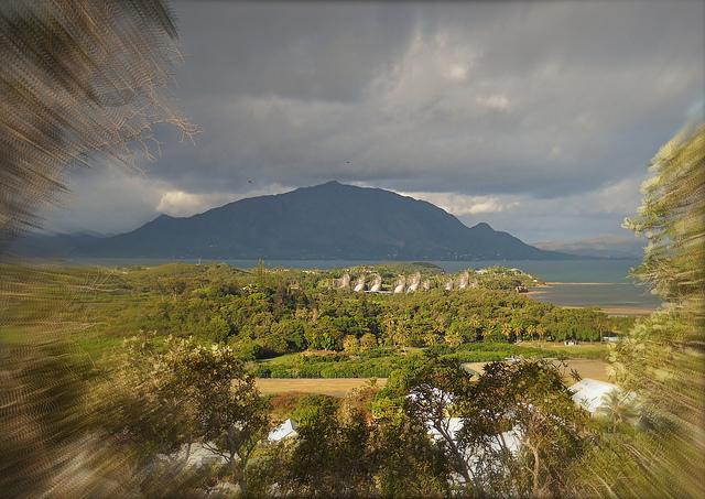 Tjibaou à Nouméa en Nouvelle-Calédonie