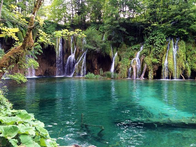 Les Lacs De Plitvice en Croatie, parc Naturel
