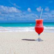 Vacances à la mer: profiter au mieux de la plage grâce à ces accessoires tendance
