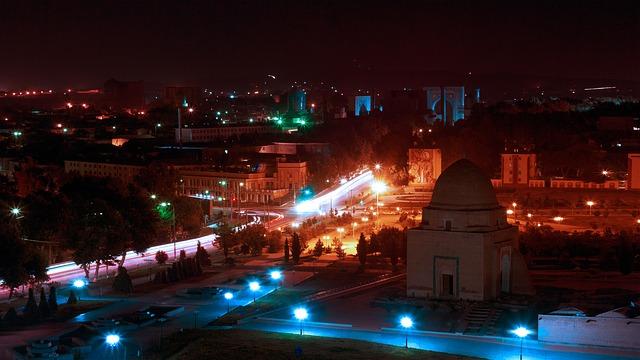 Vue de nuit de Ouzbékistan en Asie centrale