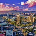 Vue du ciel de la ville de Kingstone en Jamaïque