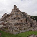Temple de pierre antique Maya à Yucatan au Mexique