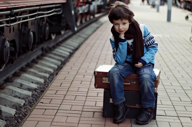 Bien faire une préparation avant le départ de la gare de train avec son enfant
