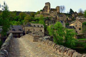 Le château De Belcastel à Aveyron
