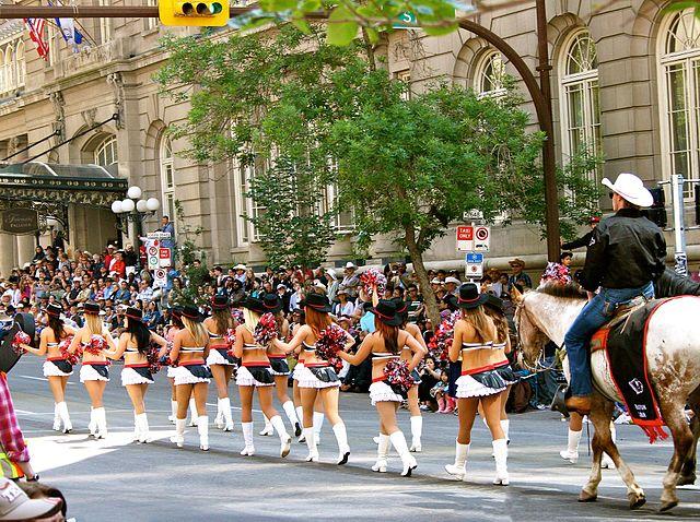 Une parade lors d festival de Calgary Stampede